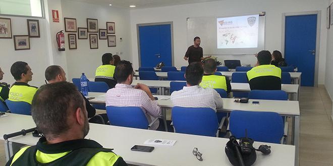 Photo of La policía de Fuengirola recibe formación sobre delitos de odio