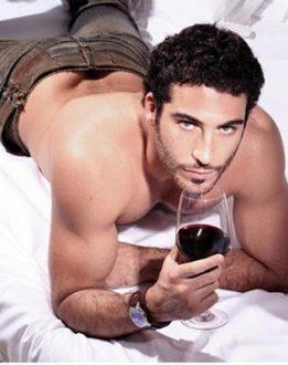 Miguel Ángel Silvestre orgulloso de ser gay