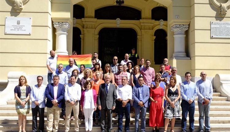 Malaga contra el atentado de Orlando