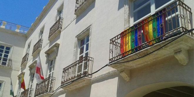 Photo of Arco Iris pone nota a seis ayuntamientos de Almería