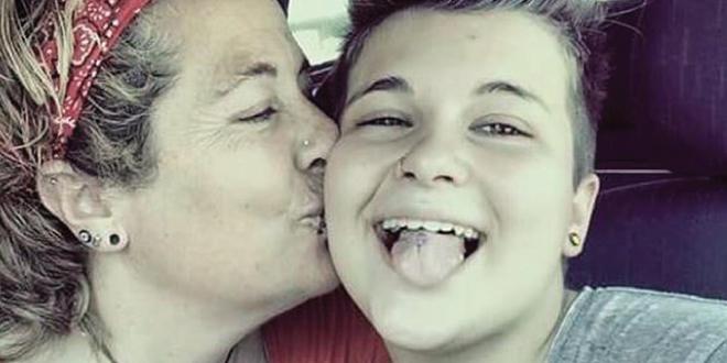 Photo of Casi 50 jóvenes LGBTI se suicidan en España cada año