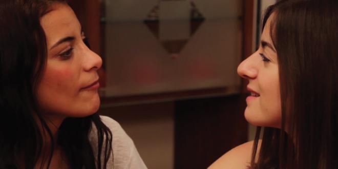 Photo of Notas Aparte, la nueva web serie lésbica que no debes perderte