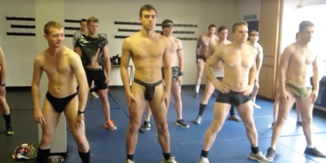 Una clase en el gimnasio con los Royal Marine