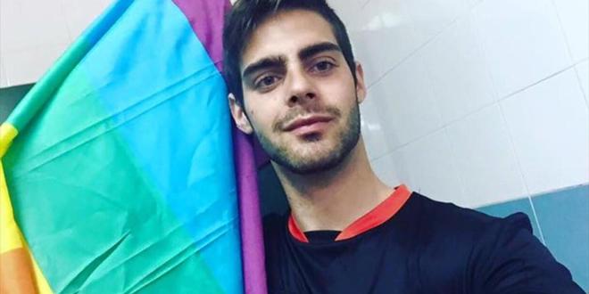 El Barça apoya al árbitro gay Jesús Tomillero