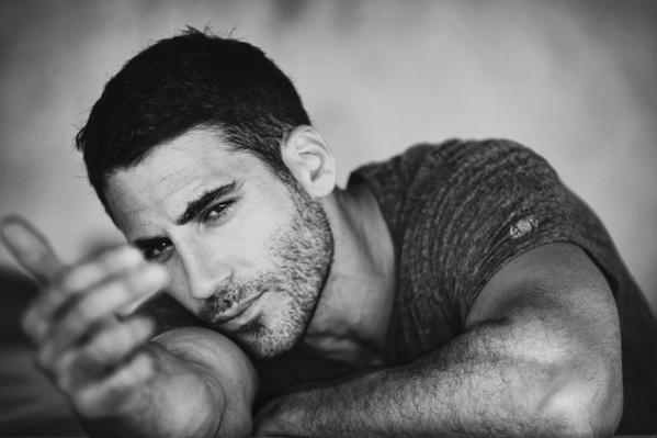 Photo of Miguel Ángel Silvestre vuelve a Sense 8