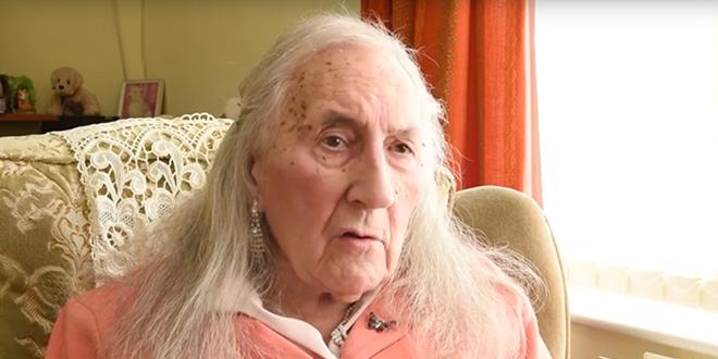 Photo of El entrañable veterano de guerra que cambia de sexo a los 90 años