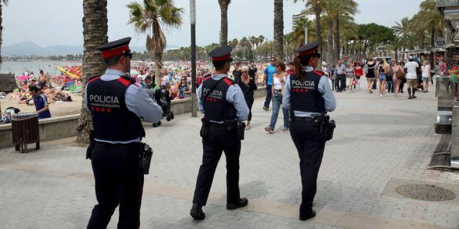 Photo of El Observatori contra l'Homofobia condena los insultos a un gay en Salou