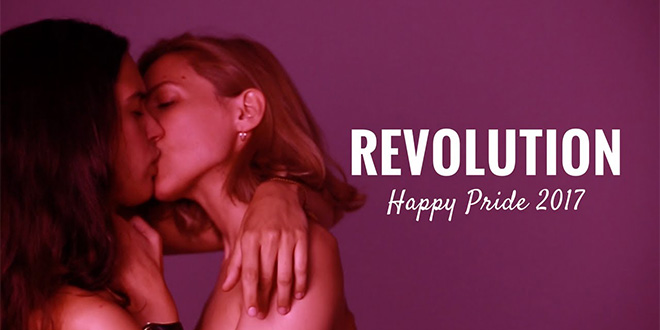 Photo of #KissingRevolution: Celebra tu amor con orgullo y las youtubers Devermut