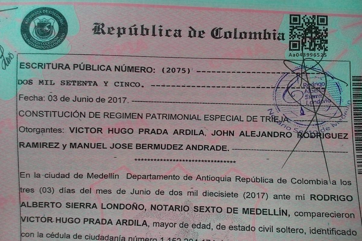 Tres hombres se casaron legalmente en Colombia