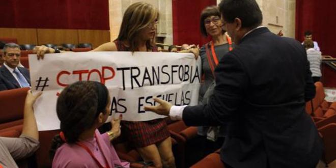 Photo of La Plataforma Trans exige a Zoido que retire la utilidad pública a HazteOír