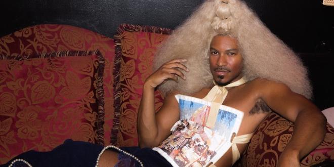 Vasilis Loizides explora el género y la sexualidad a través de la moda.
