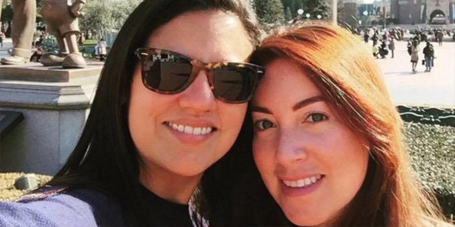 lesbianas agredidas por sus vecinas