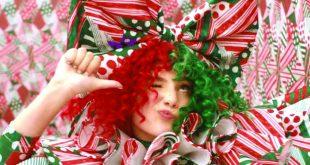 El nuevo video de Sia nos da la bienvenida a la Navidad