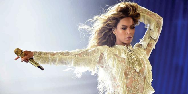 Photo of Beyoncé confirma su participación en Coachella 2018