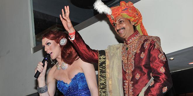 príncipe gay de India abre su palacio a personas LGBT