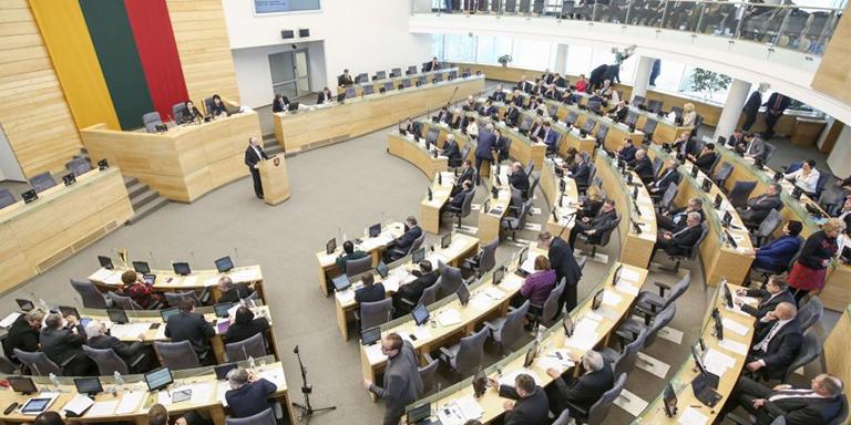 El Parlamento lituano contra los derechos humanos de la personas LGBTI
