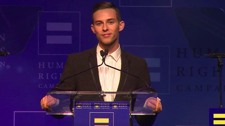Adam Rippon premio HRC de Gus Kenworthy
