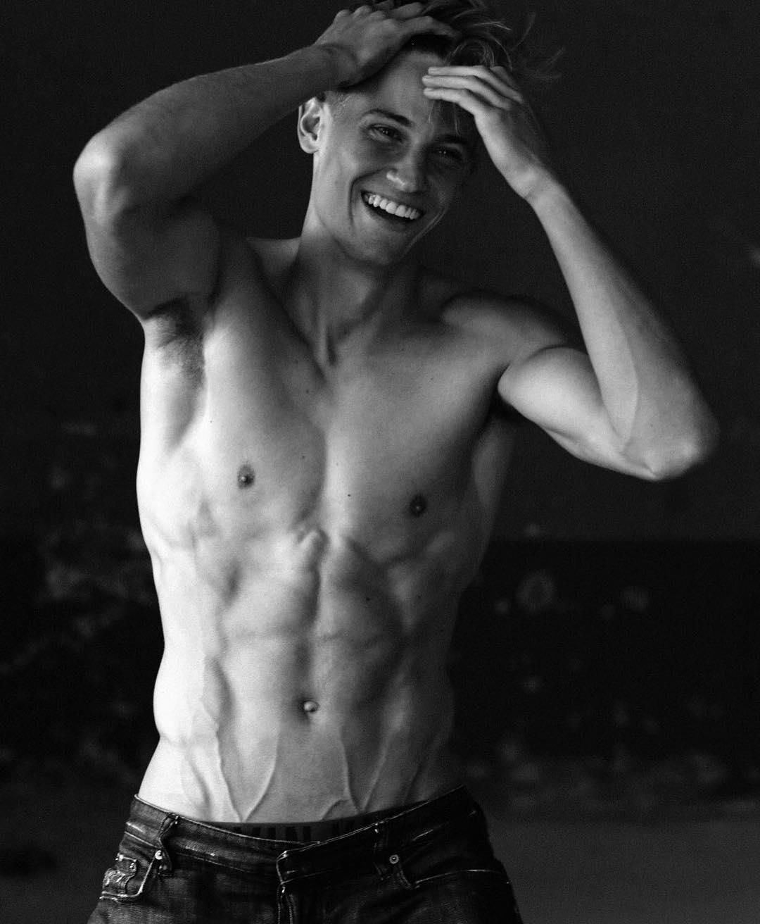 Marcos Llorente sexy