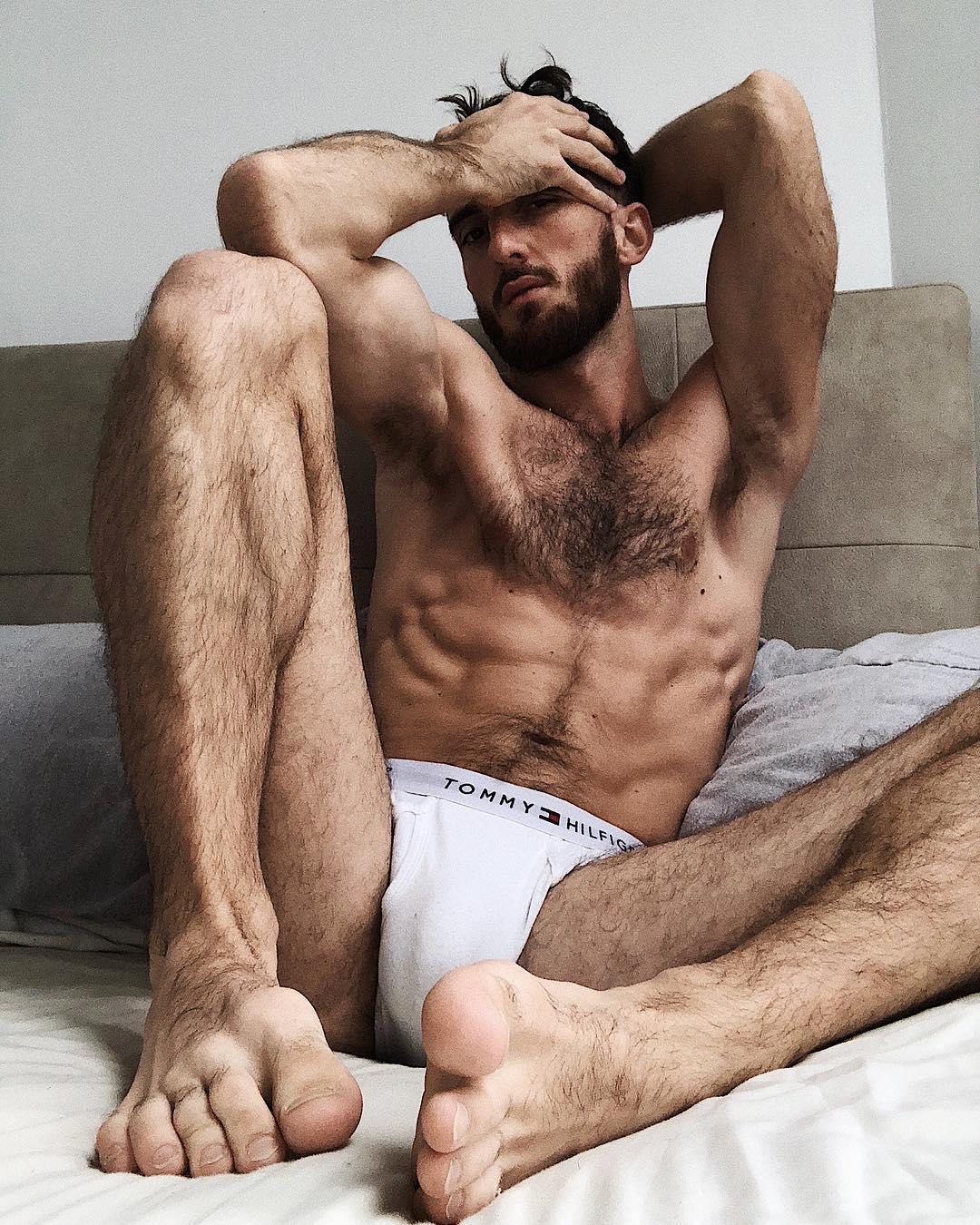 Sam Morris desnudo