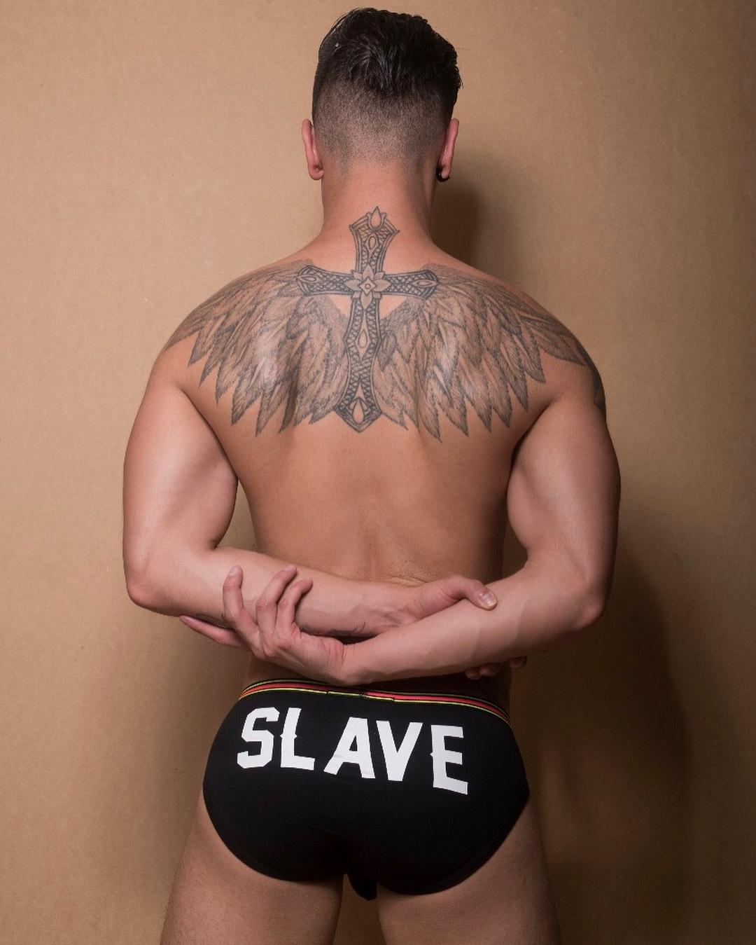 Actor Porno Gay De Supervivientes el actor porno gay que besó a toño sanchís | togayther