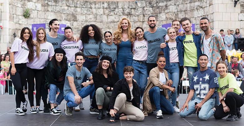 Fama a bailar carroza Orgullo LGTBI Madrid
