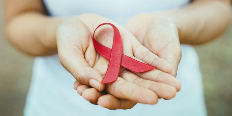 Más del 75% de las personas con el VIH superará los 50 años en 2030
