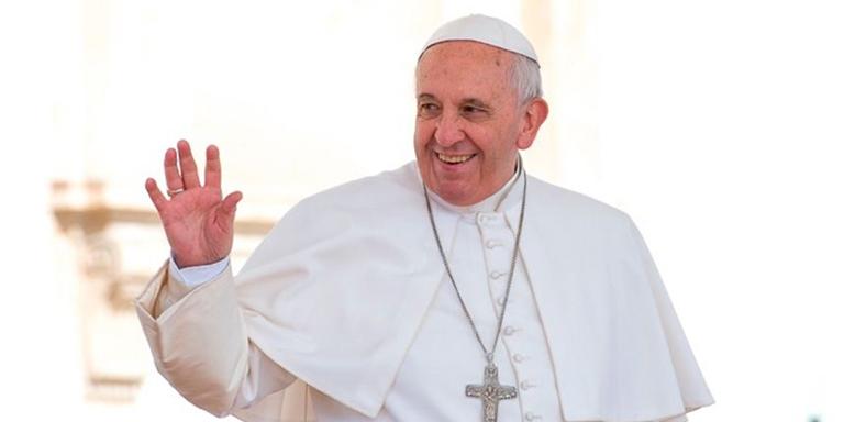 El papa rechaza la homofobia