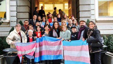 Photo of Las personas trans retrasan sus citas médicas para evitar la discriminación que sienten en consulta