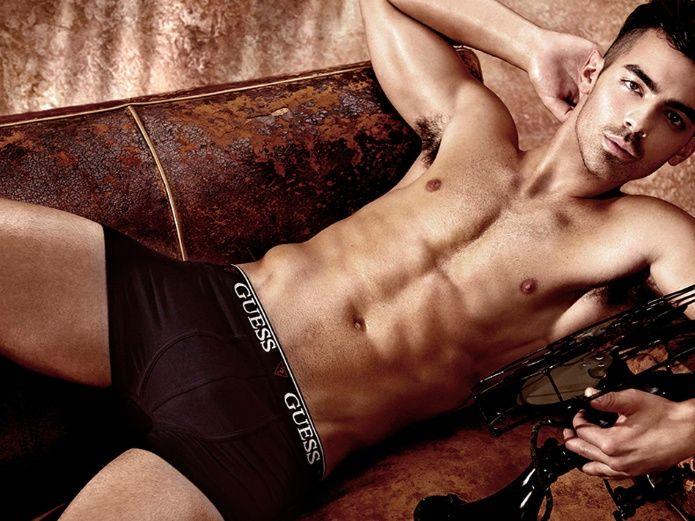 Famosos desnudos publicidad