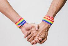 parejas LGTB+ en público