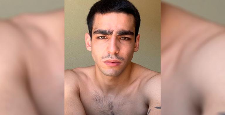 Photo of Omar Ayuso publica una foto en Instagram junto a un hombre completamente desnudo