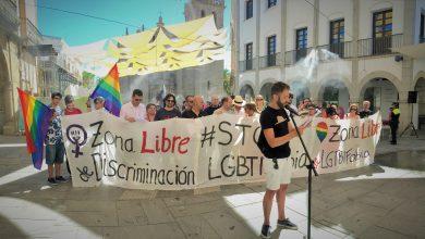 Protesta contra la LGBTIfobia en Villanueva de la Serena