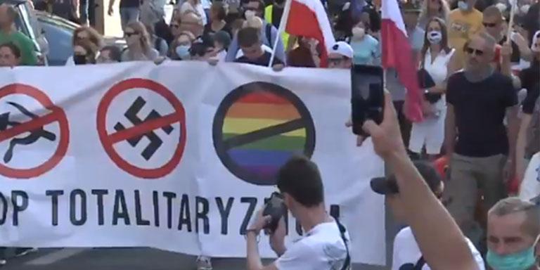 queman bandera LGTB+