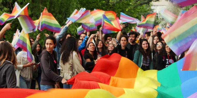 Estudiantes turcos detenidos