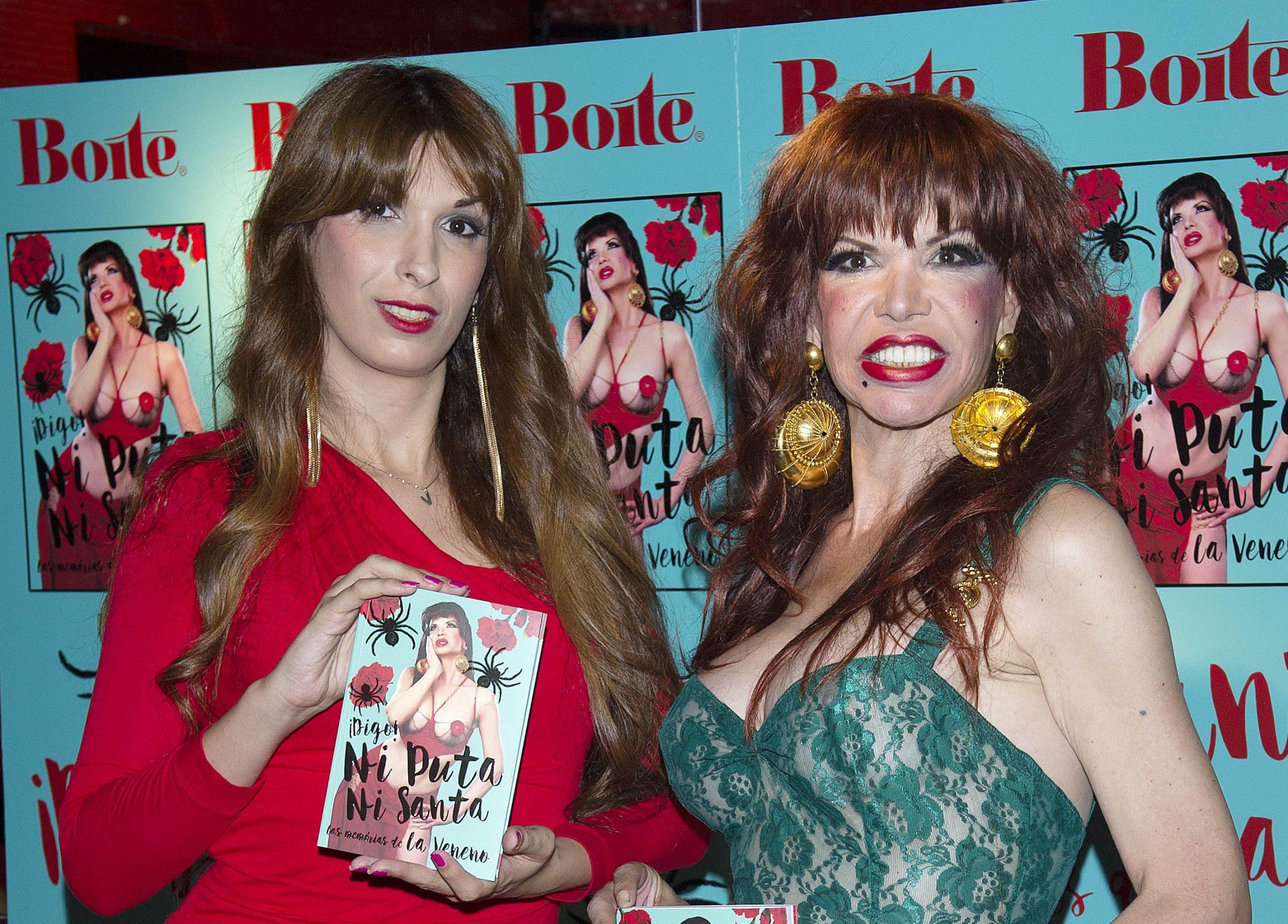 Valeria Vegas y Cristina Ortiz en la presentación de las memorias de 'La Veneno'