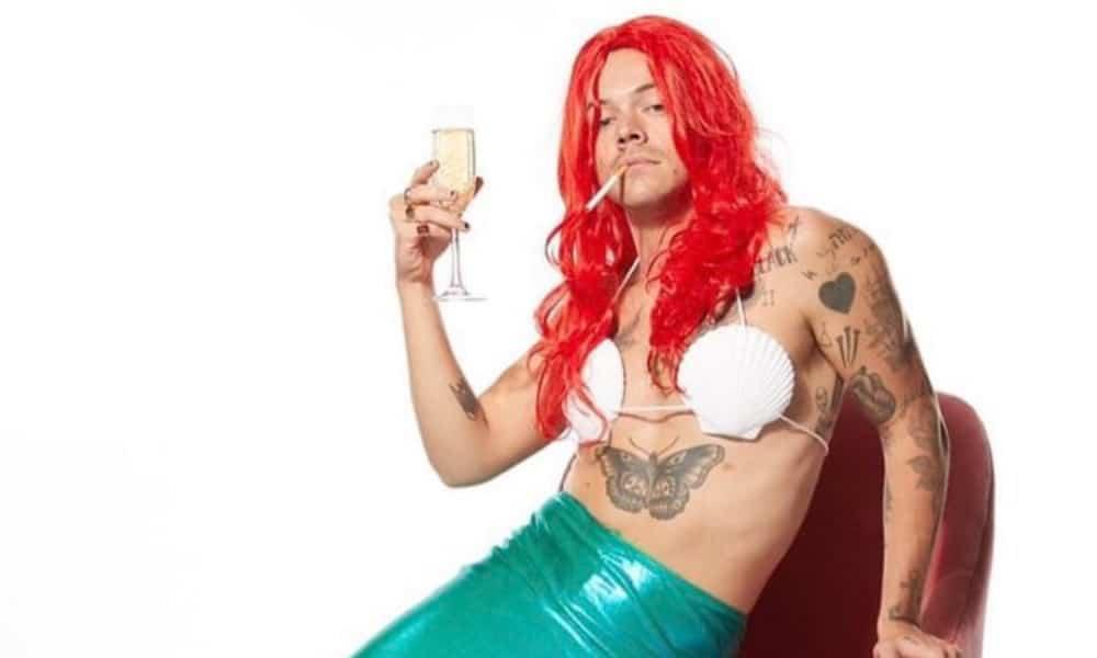 Harry Styles vestido de La Sirenita para Saturday Night Live