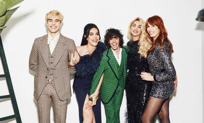 'Los Javis' junto a Carmen Jedet, Daniela Santiago y Valeria Vegas en los premios GLAAD