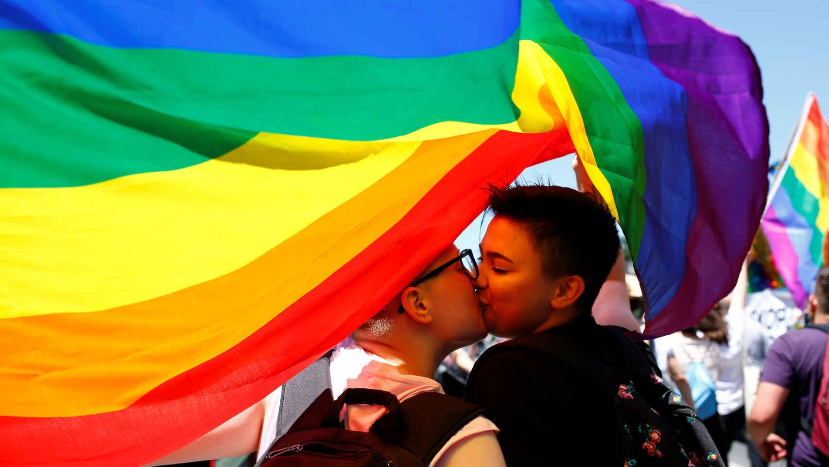 Ciudad polaca anula decreto homófobo